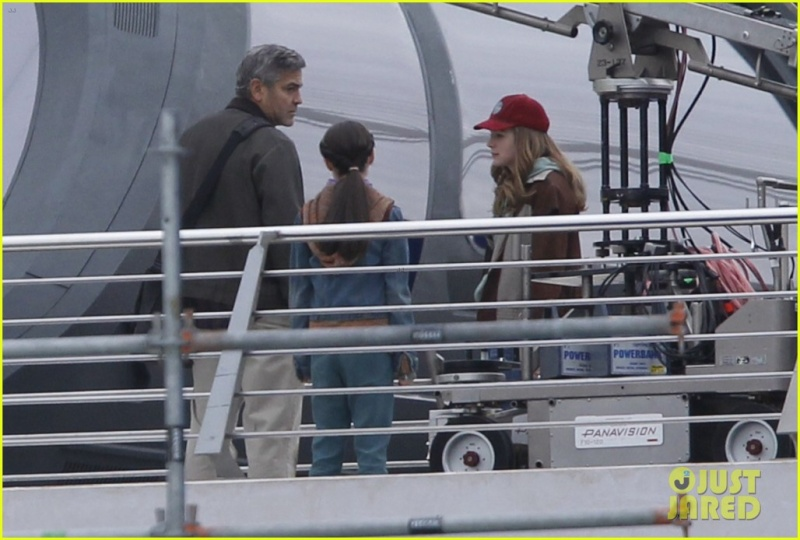 Pictures: George Clooney on set in Valencia with Hugh Laurie Mm_fil12