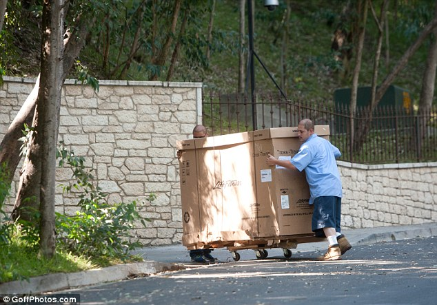 Is George Clooney shedding for the wedding? Exercise equipment is delivered to newly engaged star's LA home as he shapes up ahead of 'September nuptials' Sheddi12