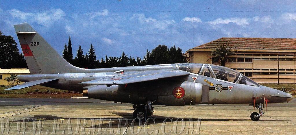 FRA: Photos avions d'entrainement et anti insurrection - Page 7 Juzi_w10