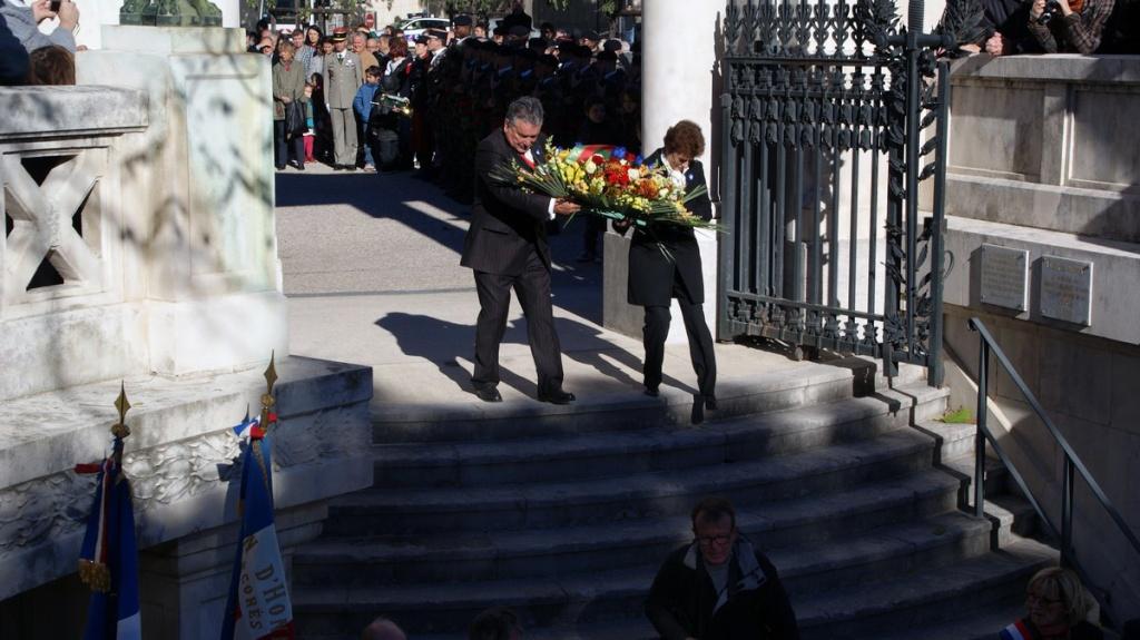 [Sujet unique] Centenaire 1914-1918 Hommage à nos Anciens- 11 novembre 2013 2013_137