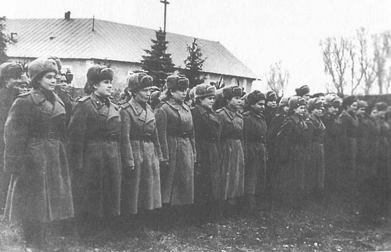 Les Aviatrices Soviétiques durant la WW2 01010