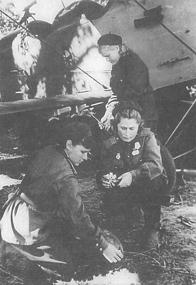 Les Aviatrices Soviétiques durant la WW2 03610