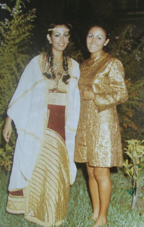 SOIR DU HENNE AVEC  LA KESOUA EL KBIRA (grande robe en arabe) - Page 2 0010