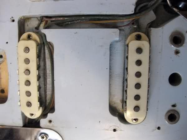 Fender Jaguar ..... 2cpdhf10