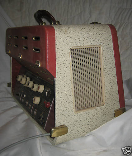 Very cool amp guitar............ - Page 2 32029711