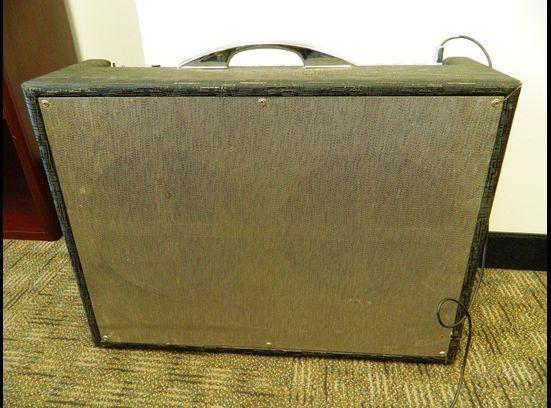 1963 Gretsch 6166 Fury Amplifier 46483-10