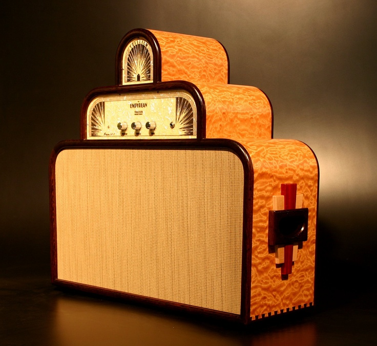 Very cool amp guitar............ 7fa8a410