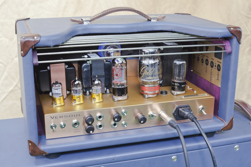 Very cool amp guitar............ Aaaaam10