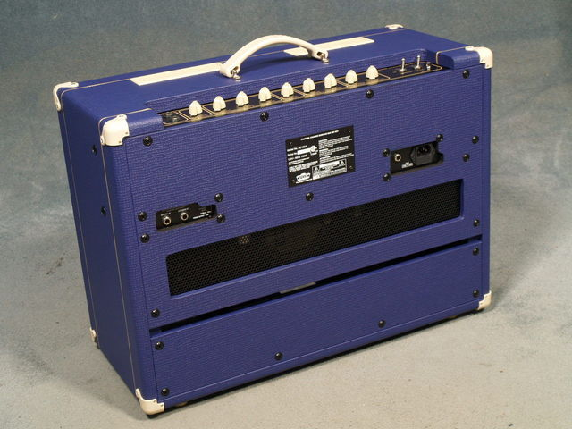 Very cool amp guitar............ - Page 2 Ac15c110