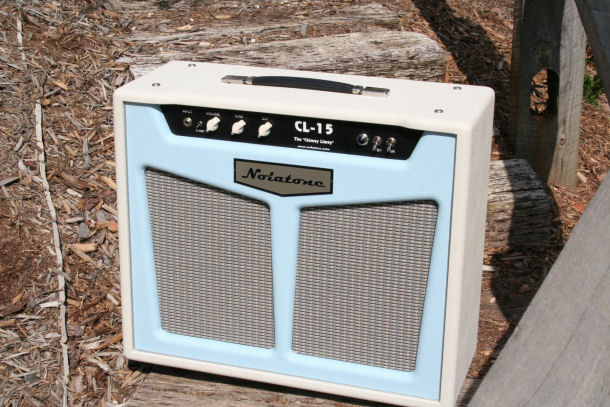 Very cool amp guitar............ - Page 2 Blue_f10
