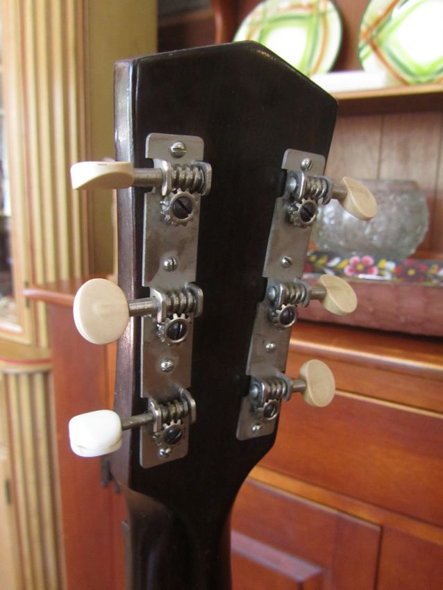Archtop Cromwell 1935 ( Gretsch and Brenner inc). Crow1410