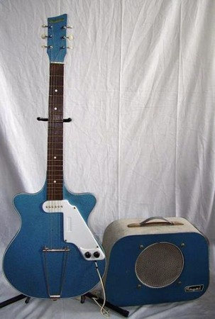 Very cool amp guitar............ - Page 3 D4994010