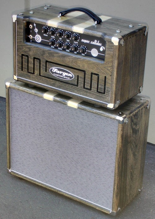Very cool amp guitar............ Fargen10