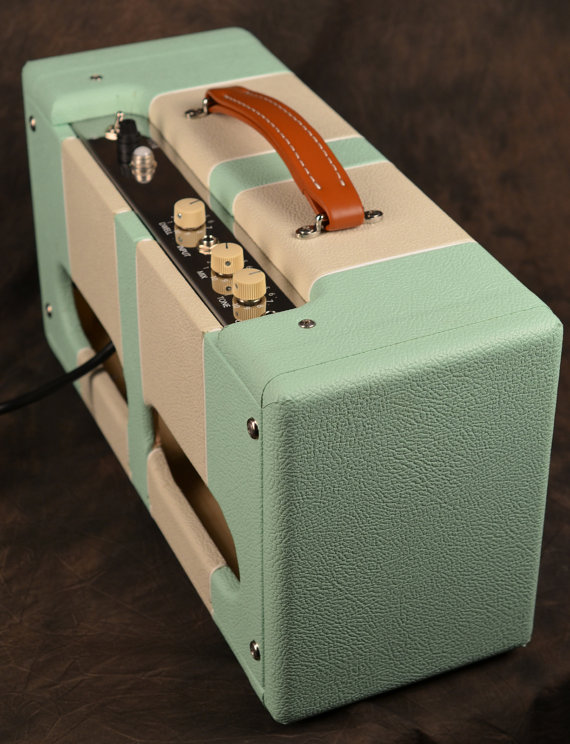 Very cool amp guitar............ - Page 2 Il_57012