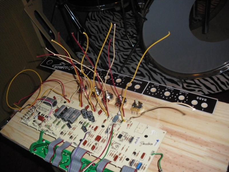 Construction de 3 Bassman Blonde 2(63' 6G6b)et 1(62' 6bj3). - Page 7 Imgp0044