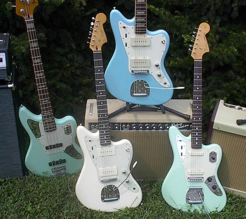 Fender Jaguar ..... Offset10