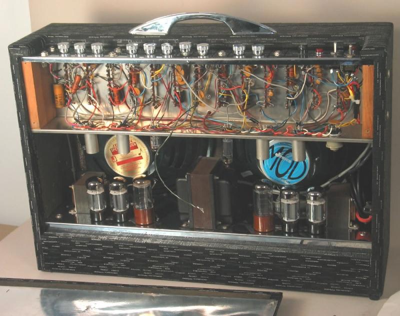 1963 Gretsch 6166 Fury Amplifier Open_l10