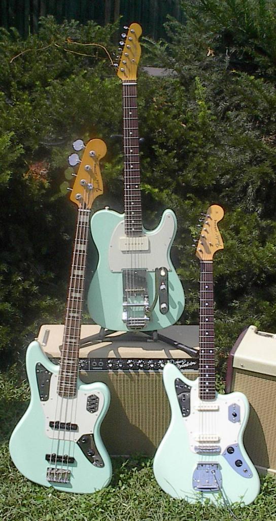 Fender Jaguar ..... Surfgr10