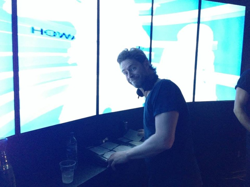 Howard au Vénus club à Manchester 11/10/13 13782810