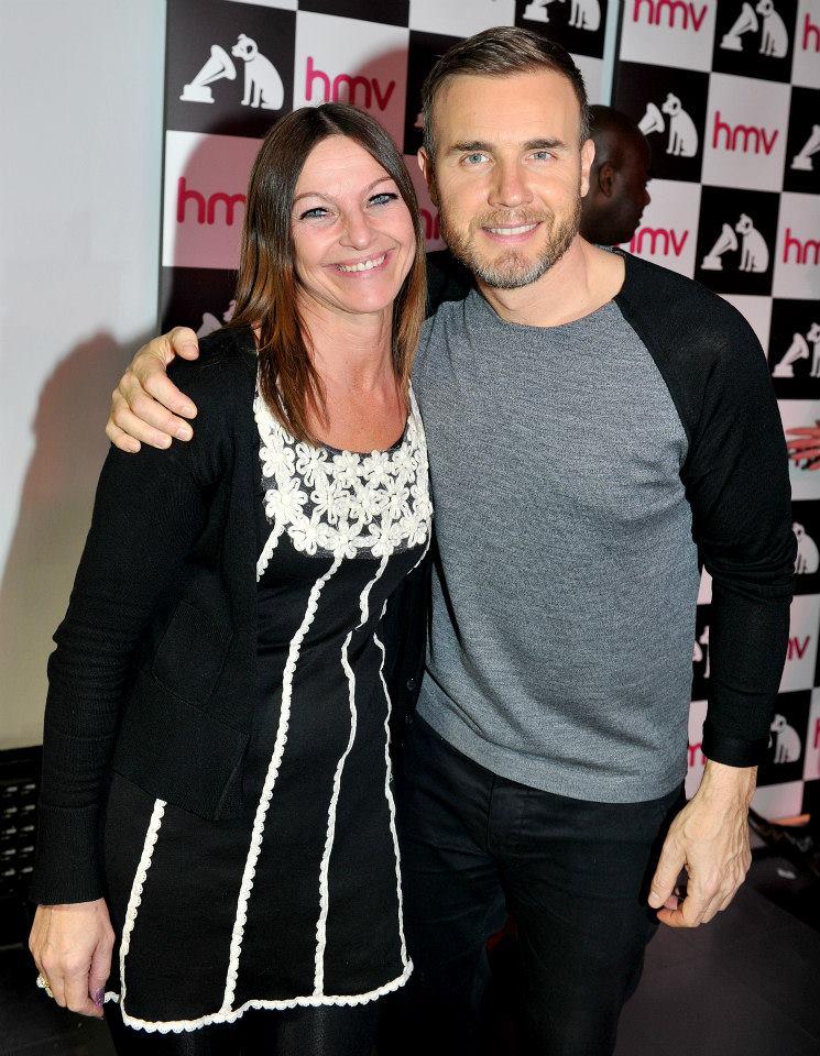 Gary au HMV de Manchester 28/11/2013 14574510