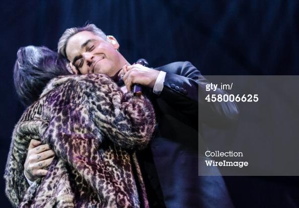 Robbie et Lily Allen concert de charité 19/12/2013 45800617