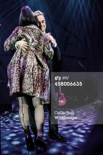 Robbie et Lily Allen concert de charité 19/12/2013 45800619