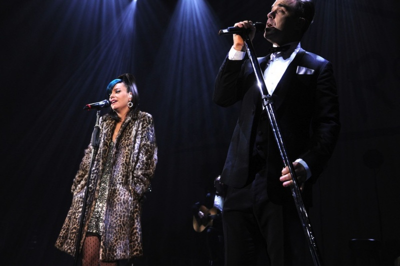 Robbie et Lily Allen concert de charité 19/12/2013 Lily-a11