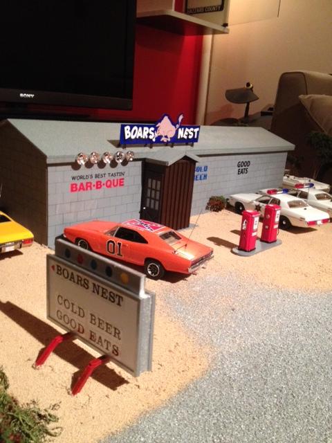 Mon Diorama du bar le Boar`s Nest de Hazzard County Photo_15