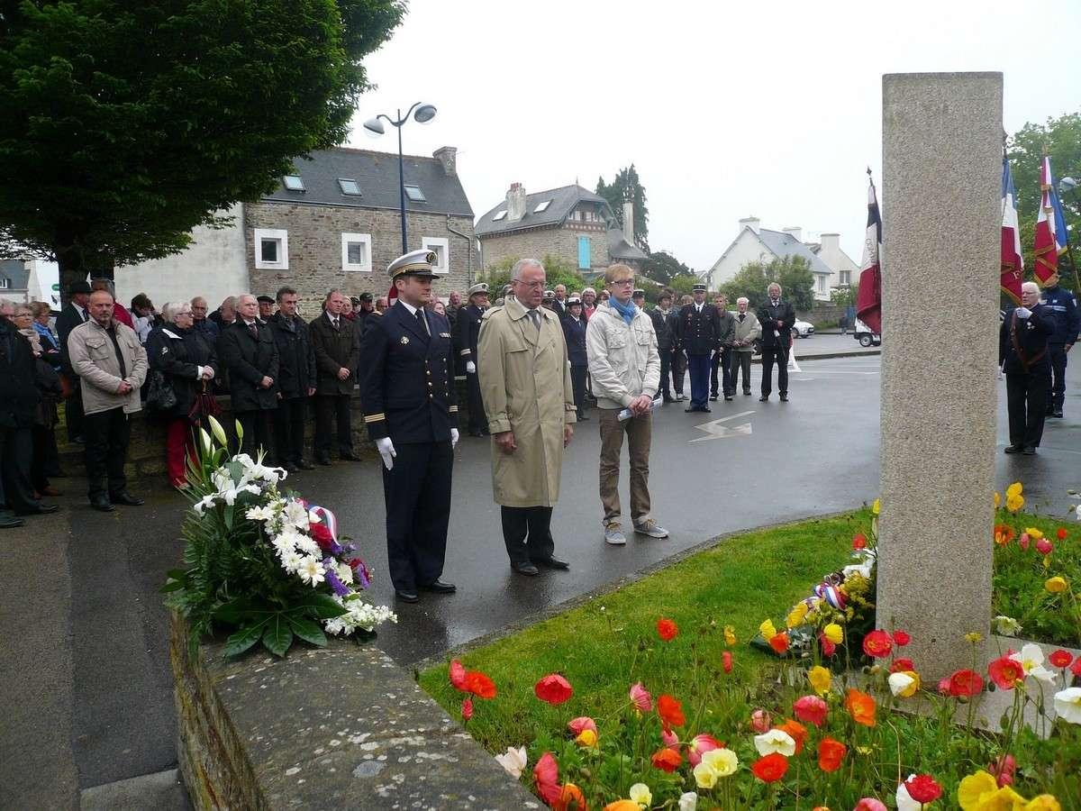 [ Histoires et histoire ] Commémoration du 8 mai 1945 à Fouesnant 1_b11