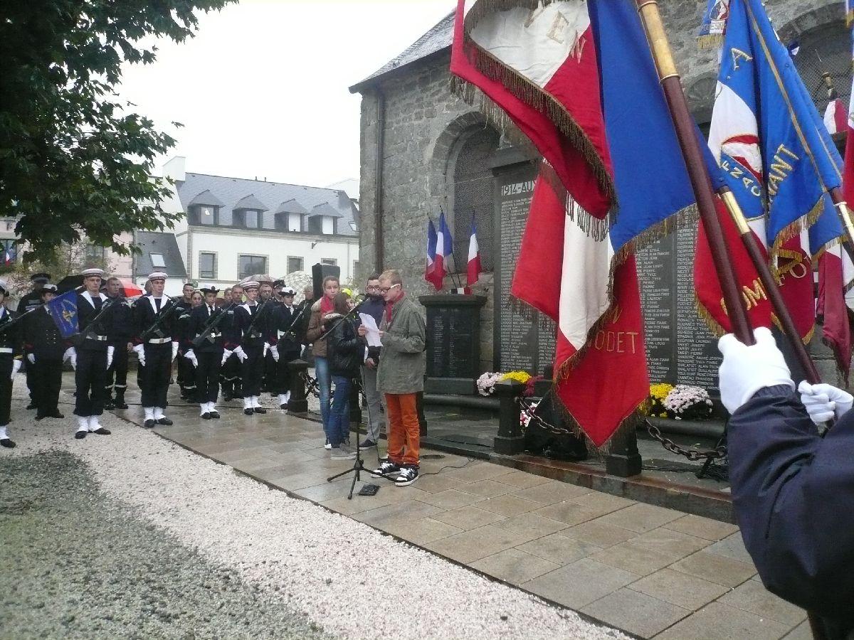 [Sujet unique] Centenaire 1914-1918 Hommage à nos Anciens- 11 novembre 2013 20_lec10