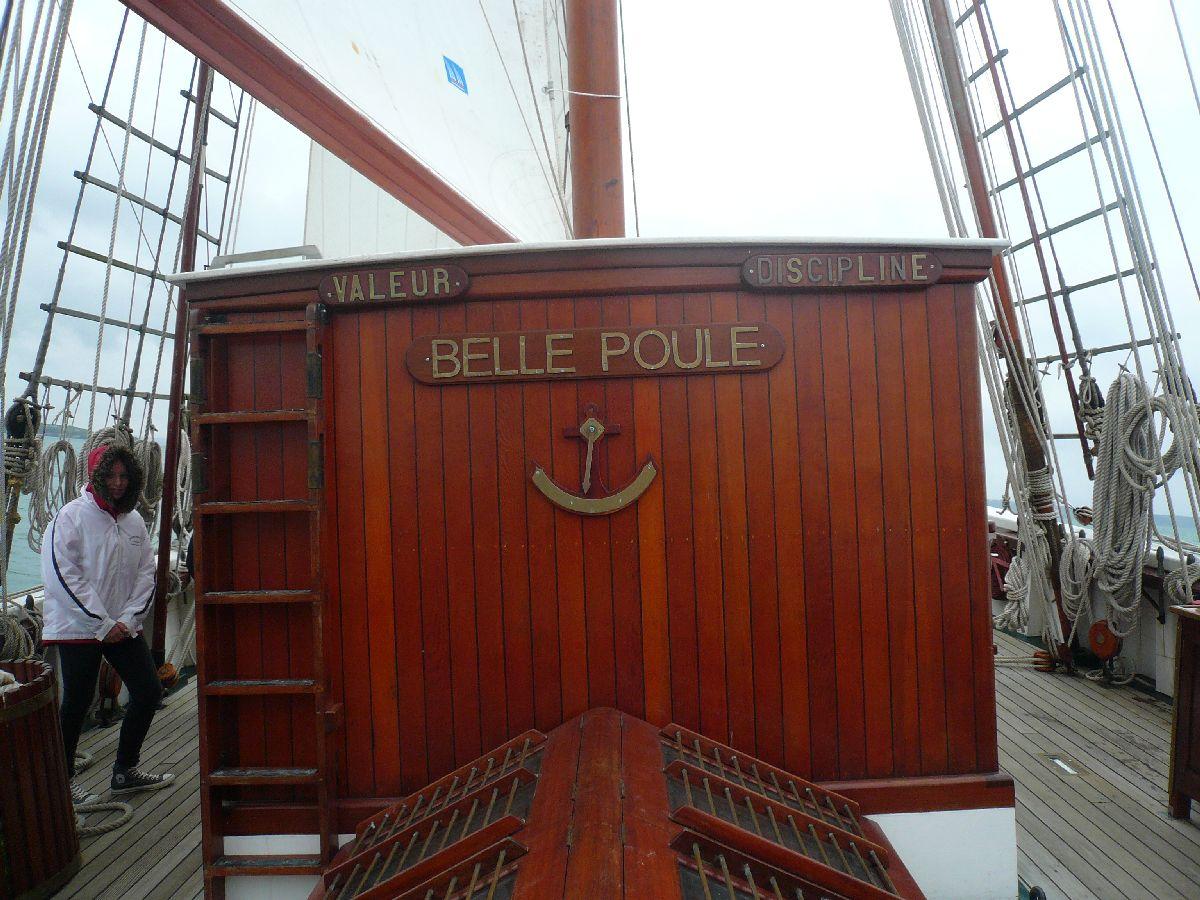 L'ÉTOILE ET LA BELLE-POULE (BE) - Page 15 22_et_10