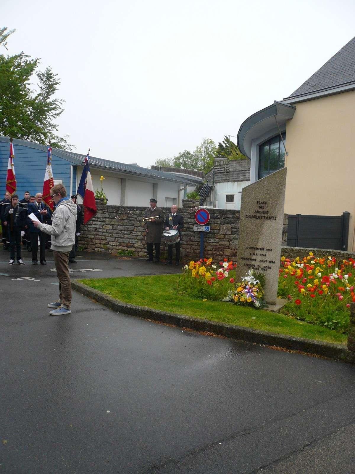 [ Histoires et histoire ] Commémoration du 8 mai 1945 à Fouesnant 319