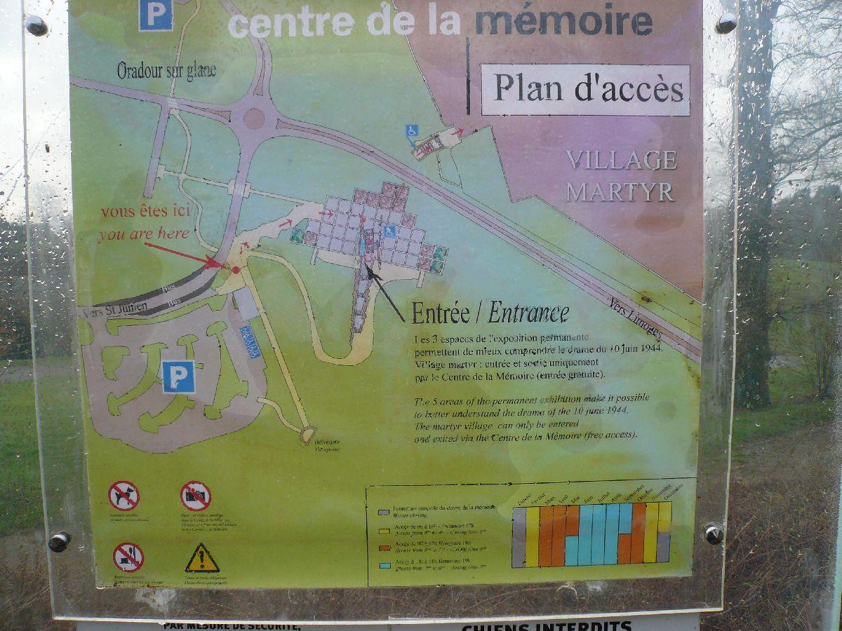 Sortie classe de 1ère S Lycée de Fouesnant à Chasseneuil sur Bonnieure (16) et Village martyr Oradour/Glane (87) 3511