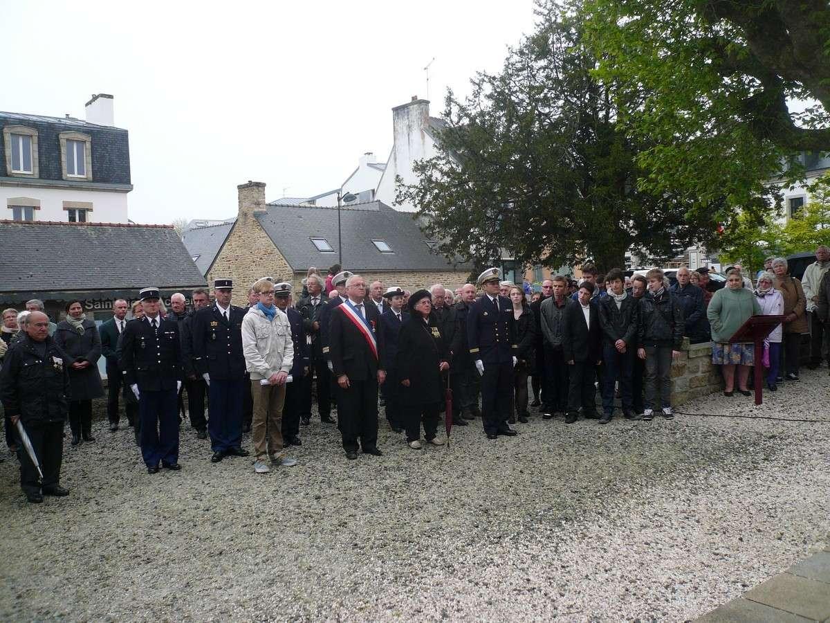 [HISTOIRES ET HISTOIRE] Commémoration du 8 mai 1945 à Fouesnant 3_b10