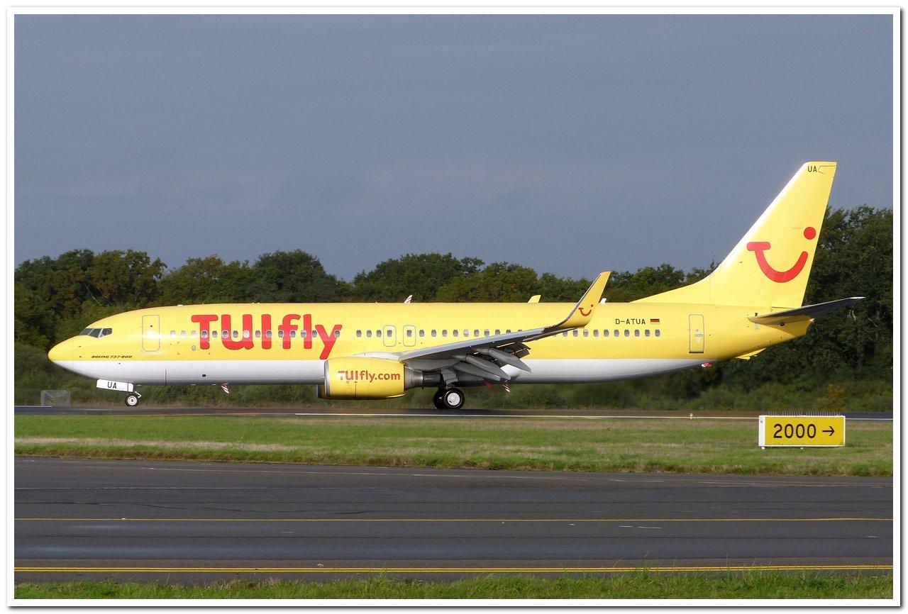 [20/10/2013] B737-800 (D-ATUA) TuiFly en Déroutement !!! P1100510