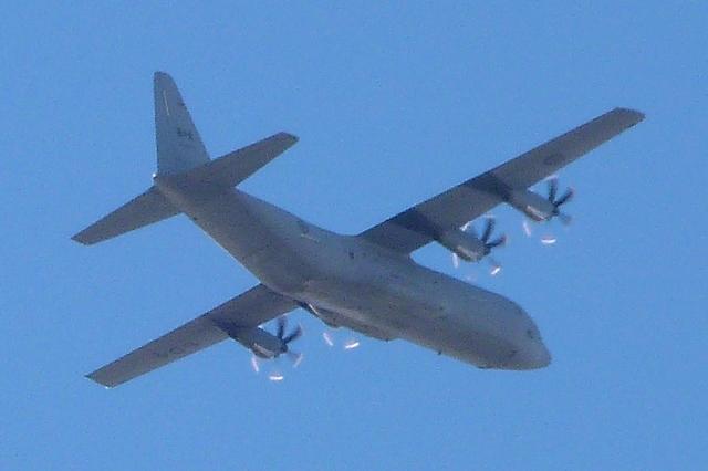 [14-15/11/2013] Lookheed Hercules C130J (130604) Canada Air Force P1100615