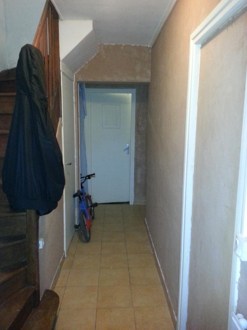 Comment retirer l'enduit de décoration sur un mur ? 20131010