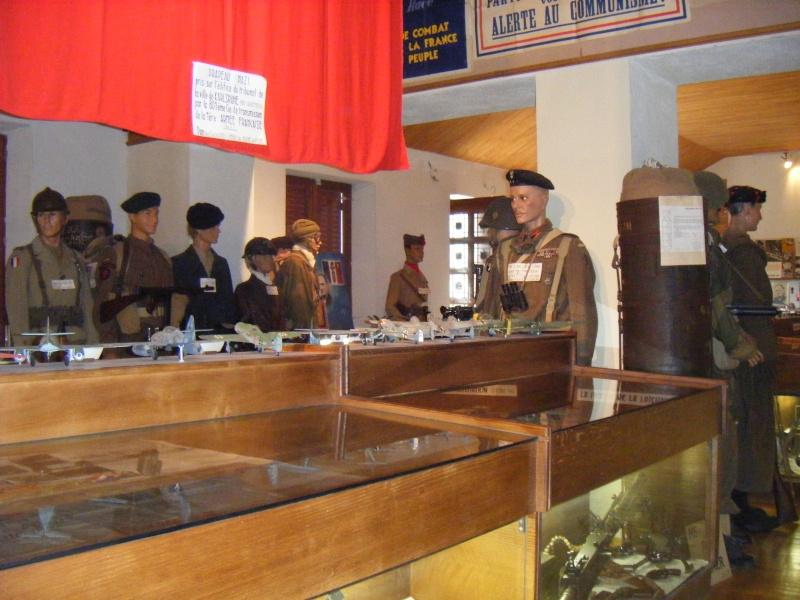 Musée Joseph LHOMENEDE de Frugiére le Pin (43) Dscf9824