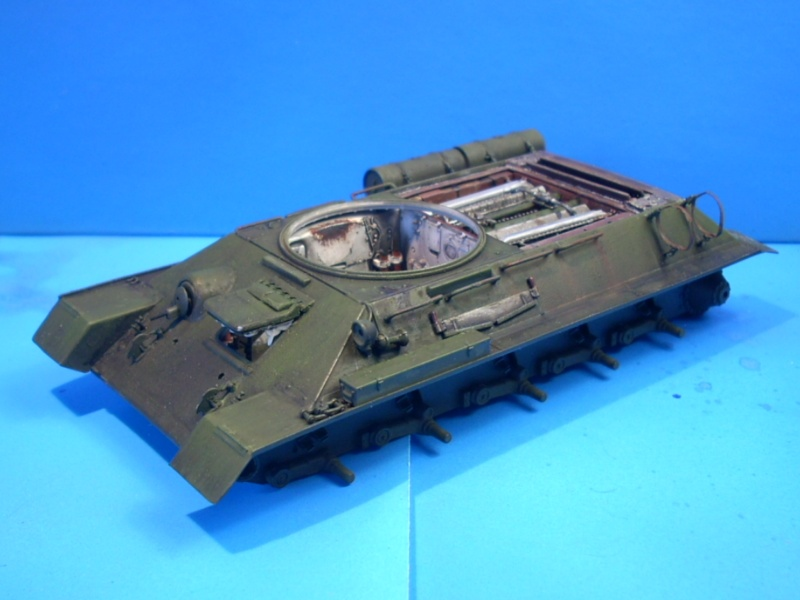 T 34/85 Hobby Boss 1/48eme - Page 2 Rscn1412