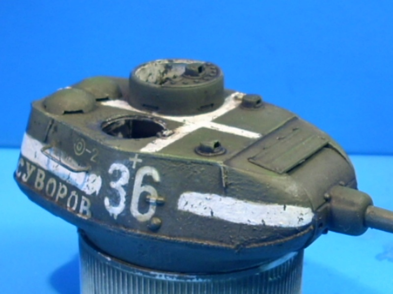 T 34/85 Hobby Boss 1/48eme - Page 2 T34-8510
