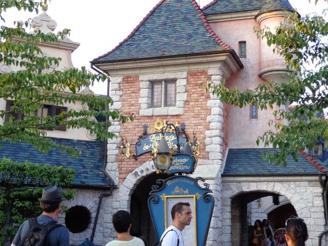 Mandy in Neverland [Mise à jour : Séjour du 23 au 25 novembre 2013 au Kyriad et Sequoia Lodge] Séjour spécial La Belle et la Bête + Noël Enchanté Disney - page 4 - Page 2 Dsc00113