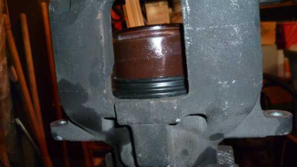 TUTO Échange kit piston sur étrier avant 1212
