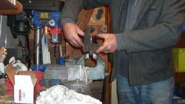 TUTO Échange kit piston sur étrier avant 1312