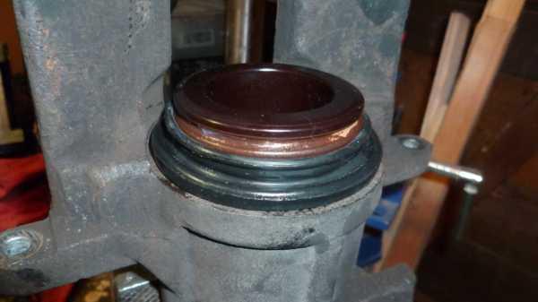 TUTO Échange kit piston sur étrier avant 1711