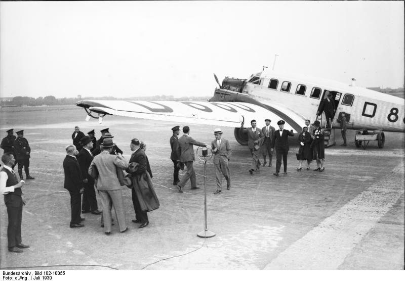 Junkers G.23/G.24  (1:72 - VEB Plasticart) Bundes11
