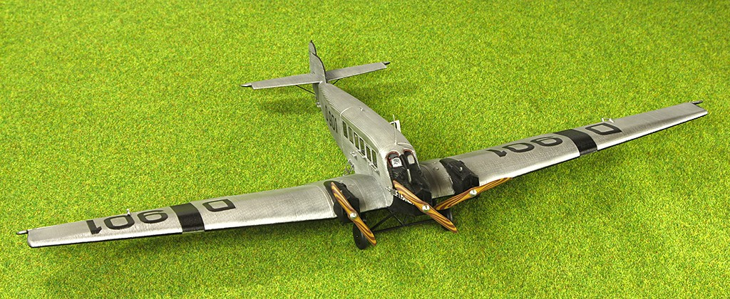Junkers G.23/G.24  (1:72 - VEB Plasticart) Img_7833