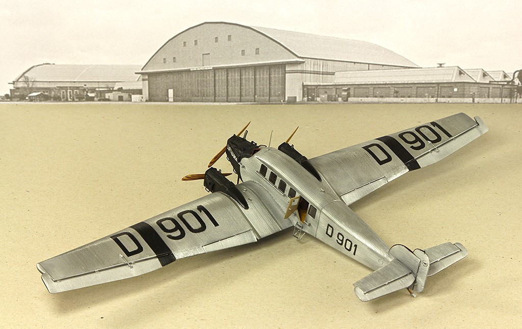 Junkers G.23/G.24  (1:72 - VEB Plasticart) Img_7834