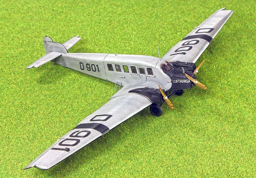 Junkers G.23/G.24  (1:72 - VEB Plasticart) Img_7835