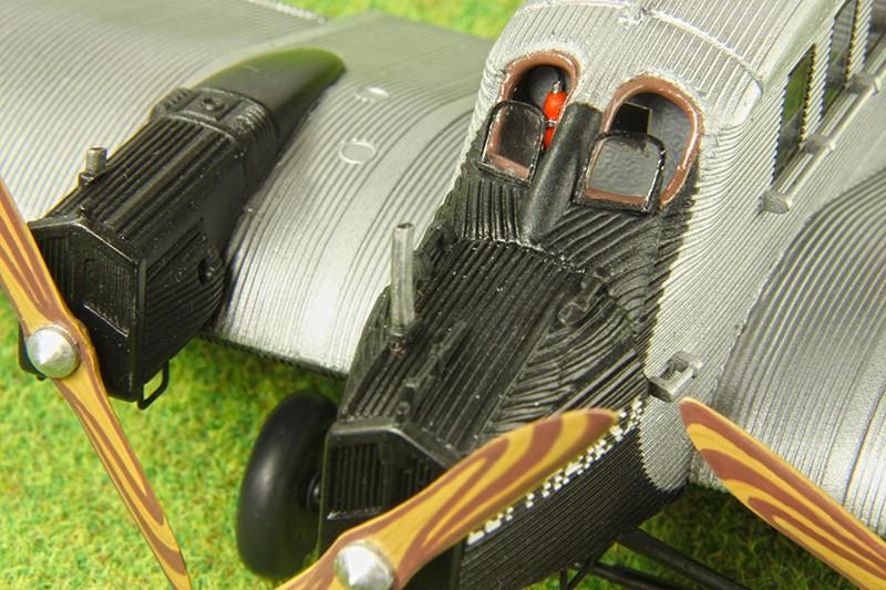 Junkers G.23/G.24  (1:72 - VEB Plasticart) Img_7837