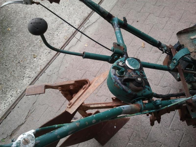 mon motoculteur à moteur de 2cv Motocu22